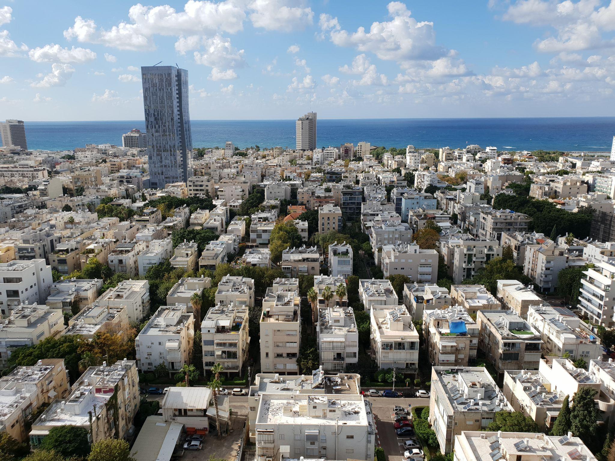 דירת פאר במגדל אסותא – קומה גבוהה עם נוף מרהיב לים