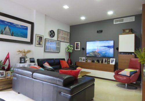 Near Habima – 3 rooms deigned apartment for sale
