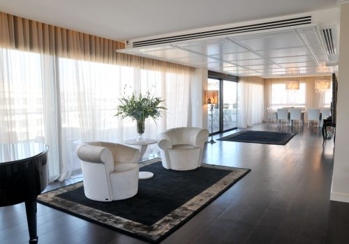 For sale a luxury penthouse in Savyoni Ramat Aviv