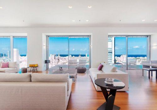 למכירה דירה בקומה שלמה וגבוהה במגדל רמז תל אביב