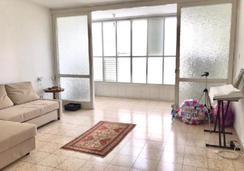 For sale in Givataiyim 3.5 room apartment